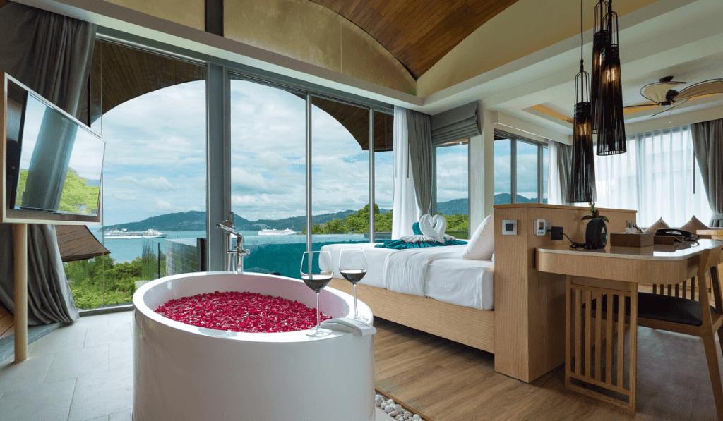 เครส รีสอร์ท แอนด์ สปา พูลวิลล่า Crest Resort and Pool Villas Phuket